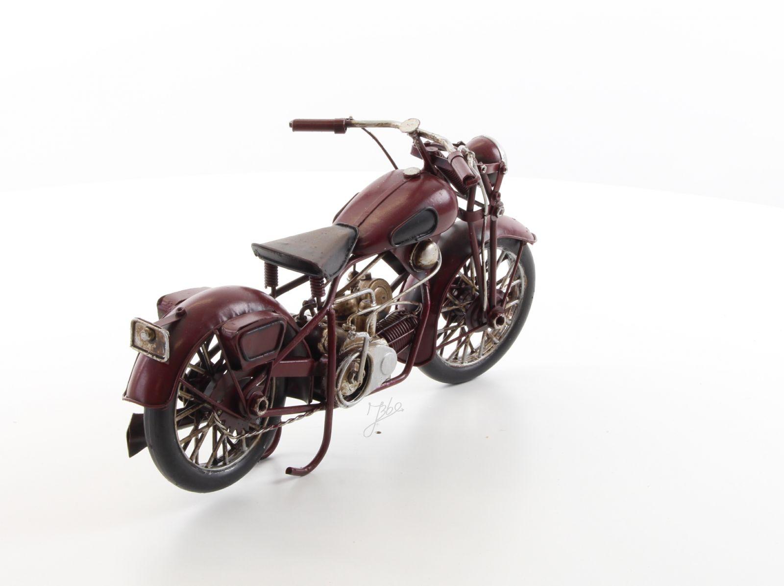 Ретро модель мотоцикла 1 BrokInCZ