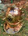 Декоративный водолазный шлем из меди и ланути