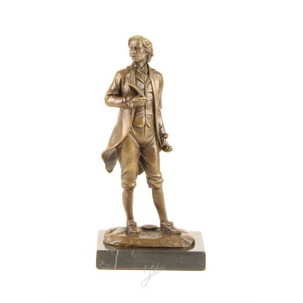 Фигурка Моцарта из бронзы