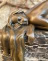 Статуя Обнаженная женщина из бронзы