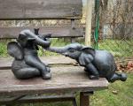 Полирезиновые статуэтки двух слонов