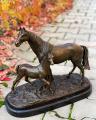 Бронзовый конь лошадка